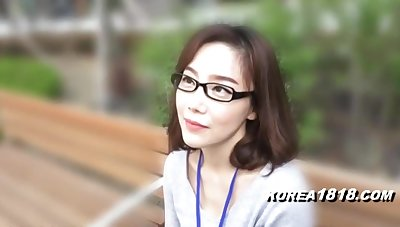 KOREA1818.COM - korean Cutie in glasses