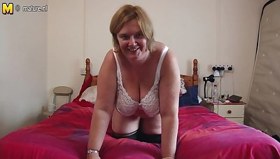 British Mature Lady Shows Her Big Breast And Masturbates - MatureNL