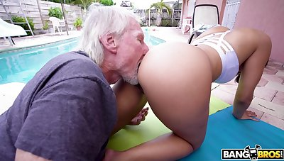 Hypnotizing PAWG Kosame Dash is fucked hard by aged timer