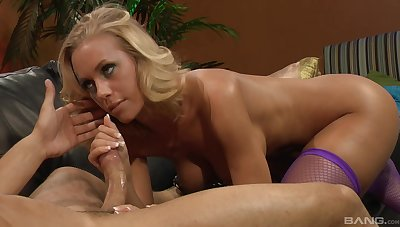 Pretty blonde Nicole Aniston ramming a fat friend's penis on the sofa